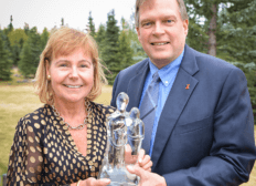 Paul Peterson and Nancy Cumberland, recipients of the 2016 Tocqueville Society Community Service Award